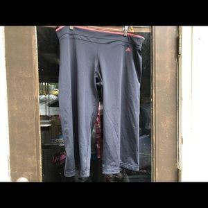 Adidas Clima Women's Leggy crop black pant size XL